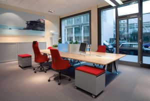 inv_Milieu_Doppelbench_2_Office JPG_7428